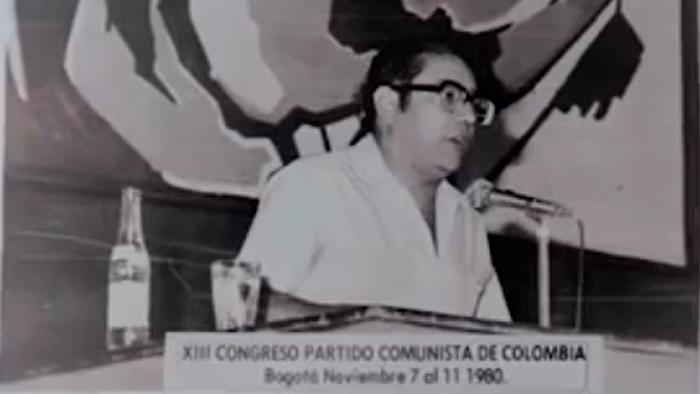 Seguimientos a Gabriel Jaime Santamaría